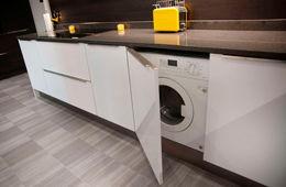 Установка стиральной машины на кухне Железнодорожный